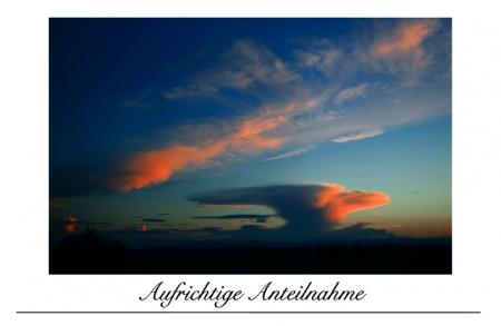Wolkenpilz nach Sonnenuntergang